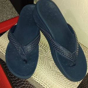 Vionic High Tide Platform Sandals